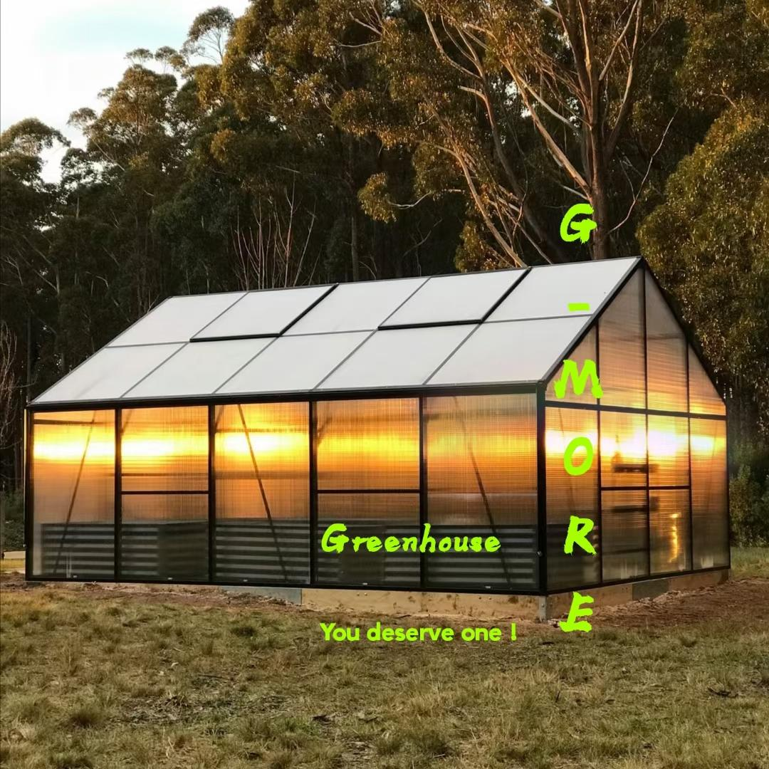 TITAN 4*5 meter PC panel Greenhouse